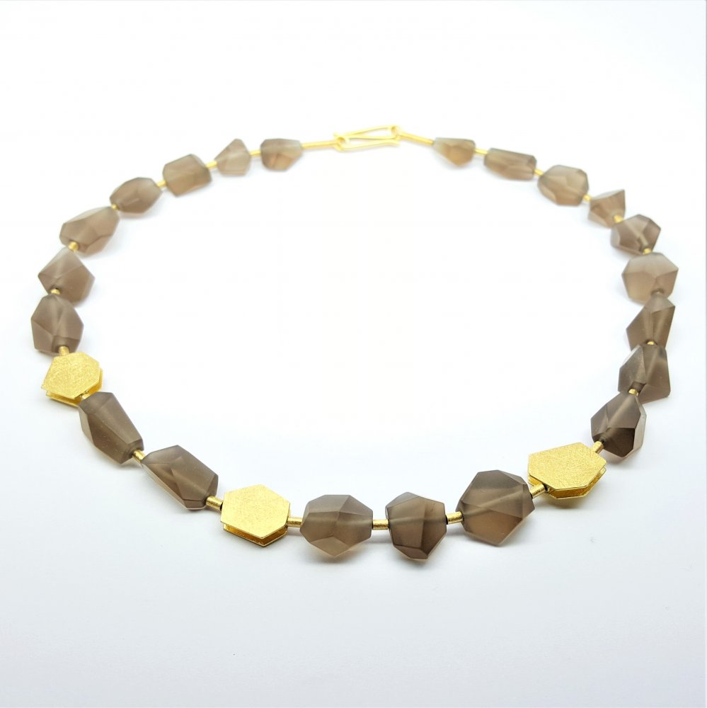Collier quarz fumé, or jaune 18kt.