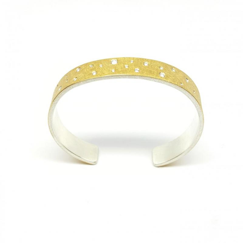 Bracelet en or jaune 24kt, argent 925-. et 21 brillants.